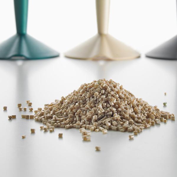 Philippe Starck goes bioplastic…